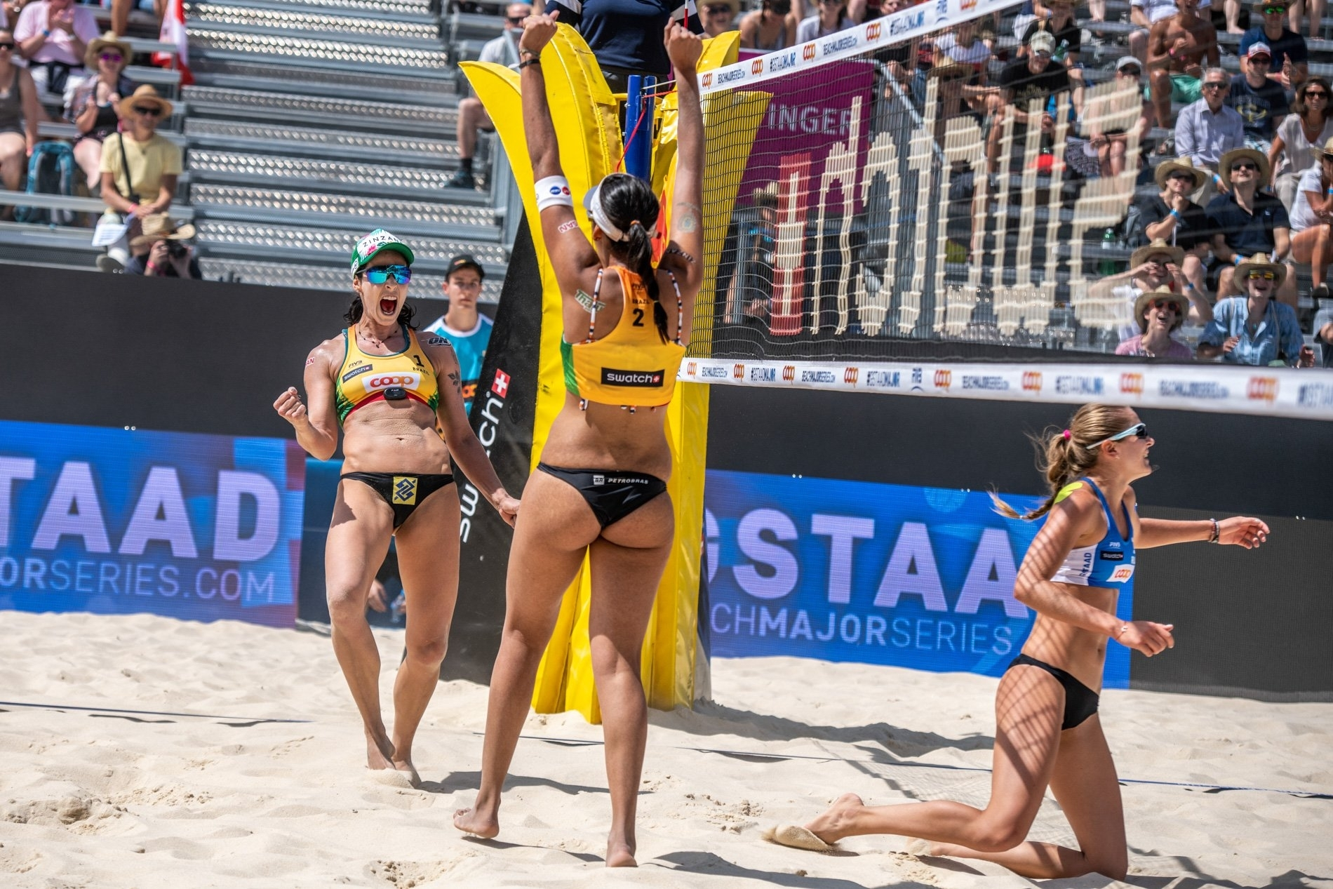Agatha and Duda celebrate on what's been a mixed day for Brazilian beach volleyball in Gstaad