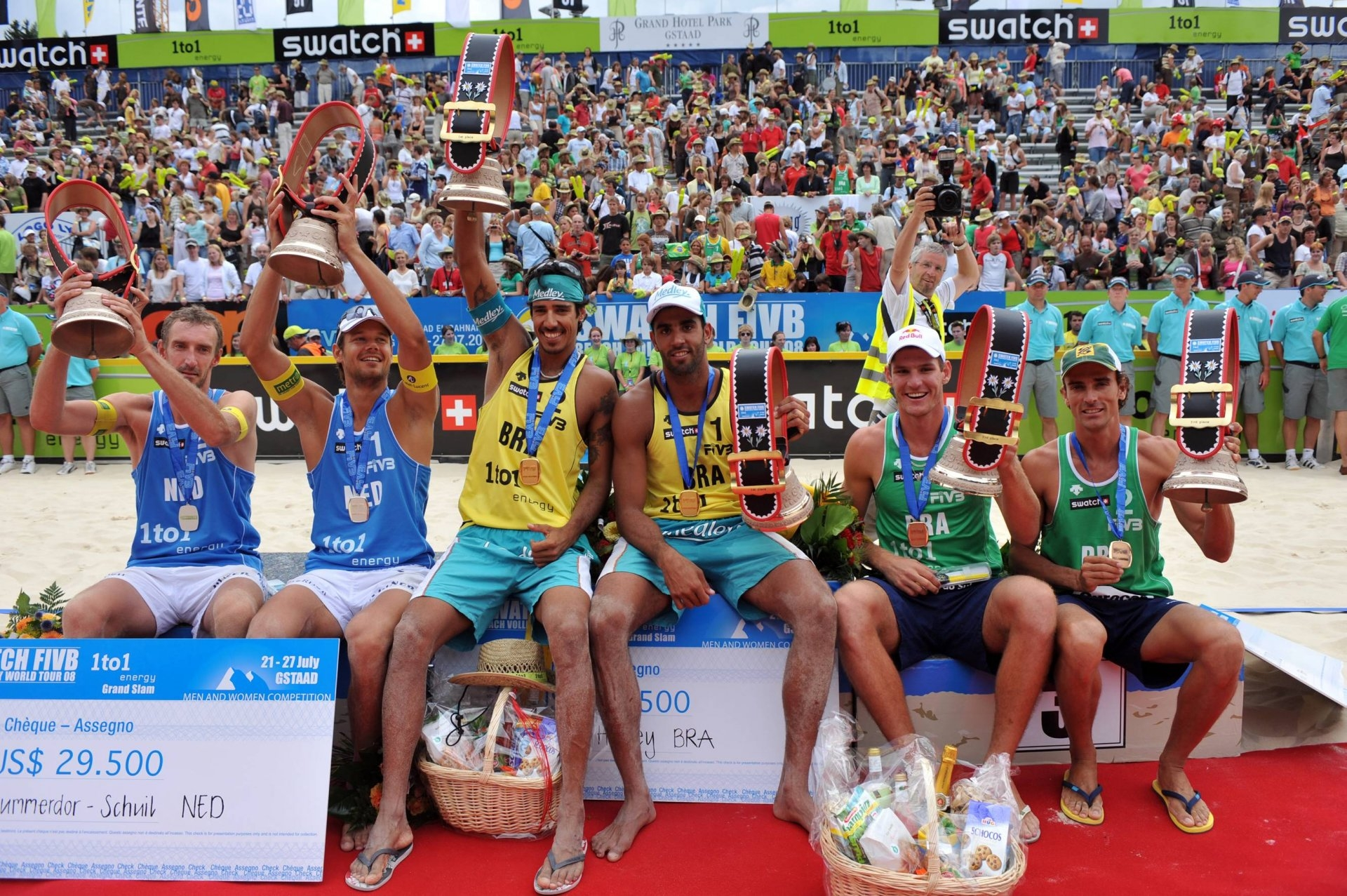 In 2008, Alison and Emanuel were third behind Brazilians Pedro/Harley and Dutch Nummerdo/Schuil (Photocredit: FIVB)