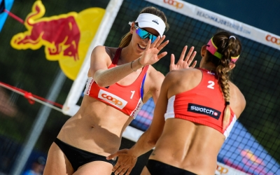 Larsen and Stockman into Gstaad's qualifier